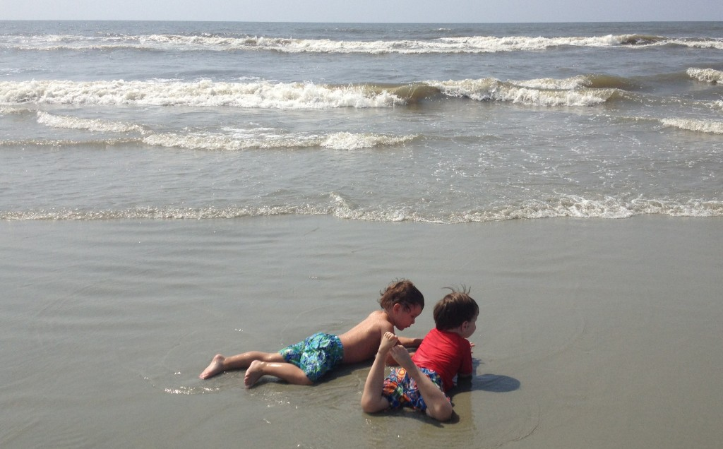 Cousins make great beach buddies!