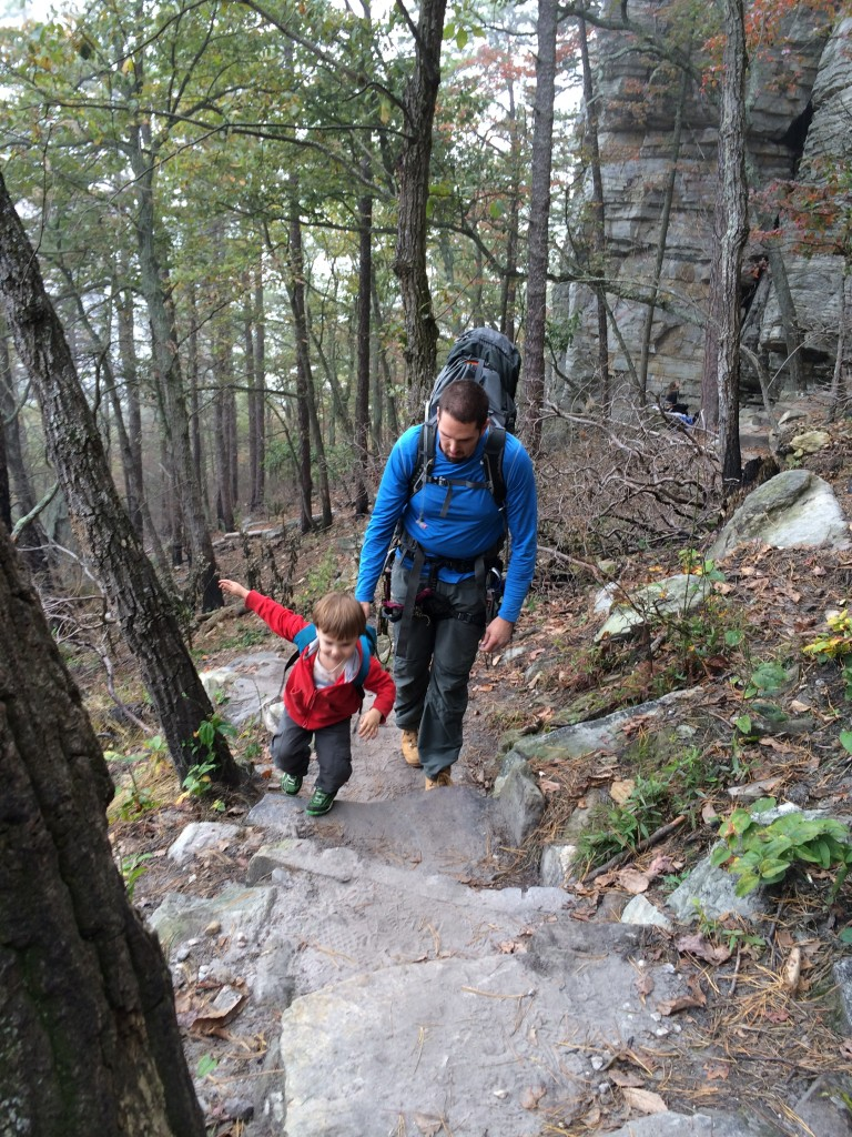 Hiking along the 3 Bears Gully
