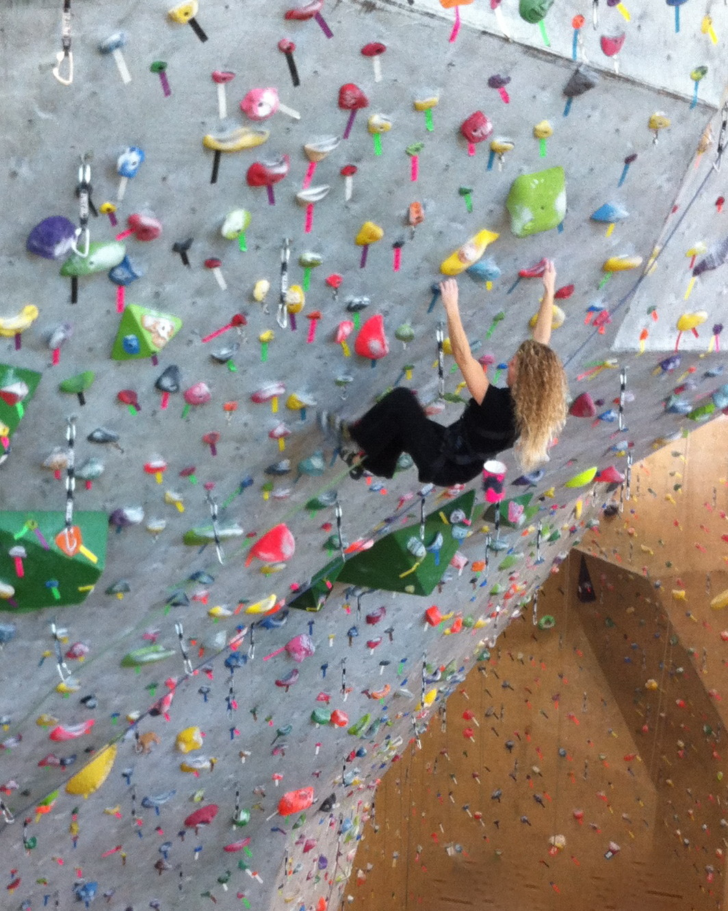 Rock Climbing and Pregnancy: What Changes to Expect | Cragmama