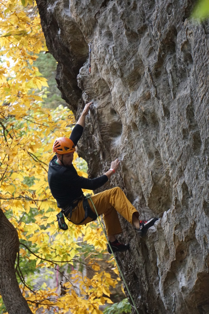 CragDaddy starting the Check Your Grip 12a send train